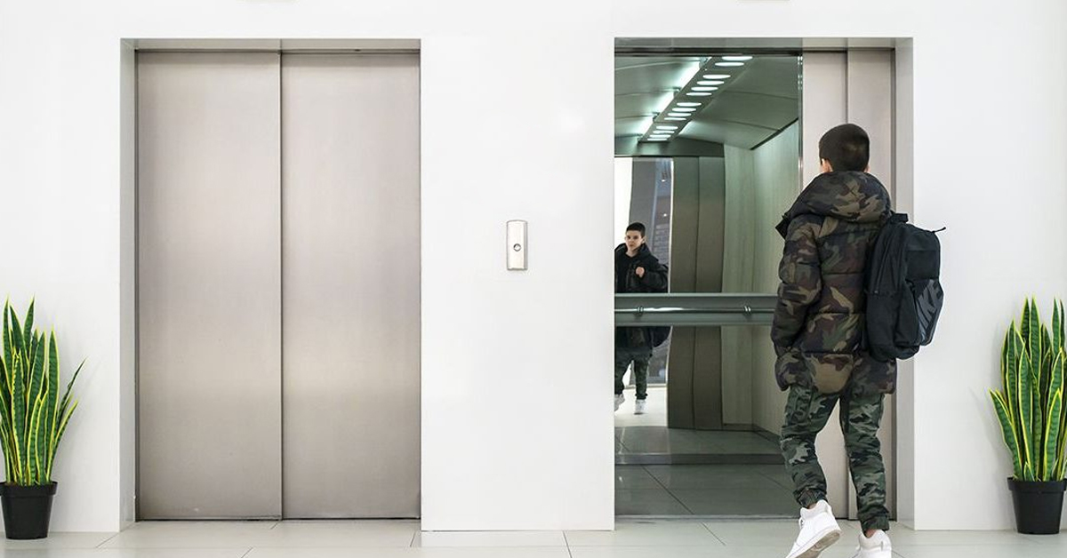 Sostituzione dell'ascensore: l'inquilino del piano terra deve pagare?